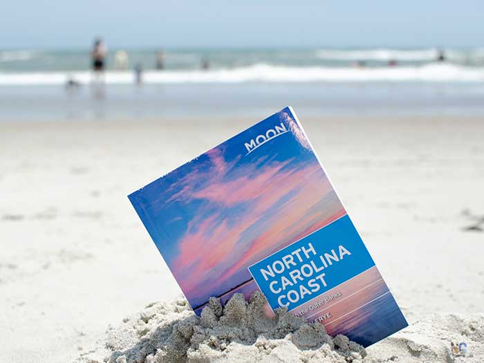 North Carolina Gifts Moon Travel Guide by Jason Frye Image