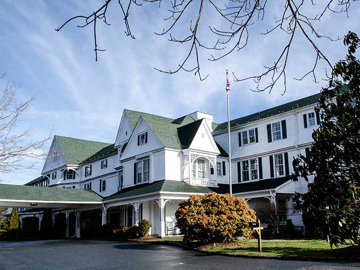Hotels in North Carolina Green Park Inn Blowing Rock NC Image
