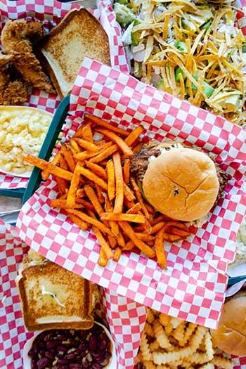 DeeLuxe Chicken Durham NC Restaurants Food Collection Images