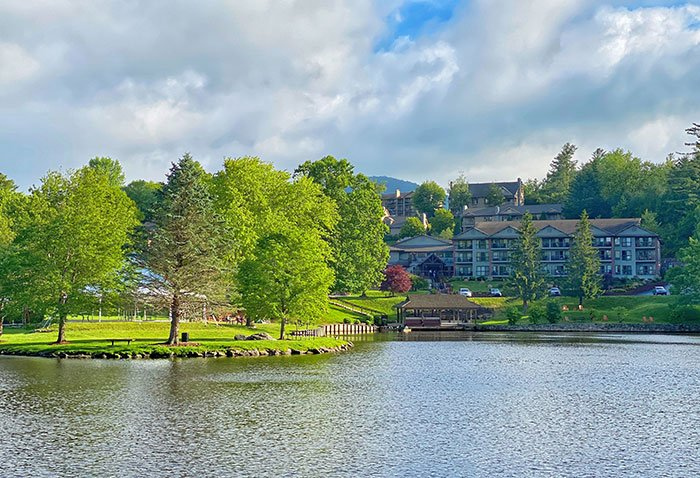Before you think further on your weekend and all these things to do in Blowing Rock, book a stay at Chetola Resort.
