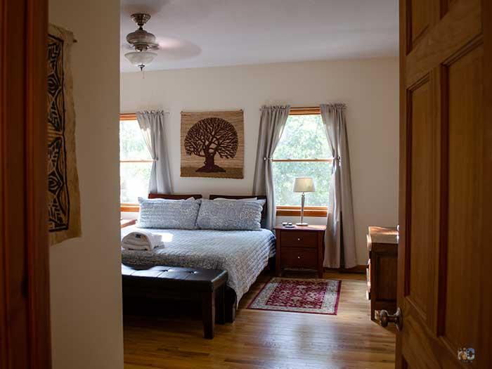 Houses for Rent near Asheville NC Fairview Blackberry Lodge Master Bedroom Image