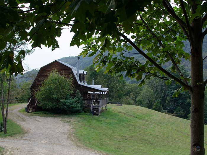 Hotels in Candler NC Engadine Inn and Cabins Image
