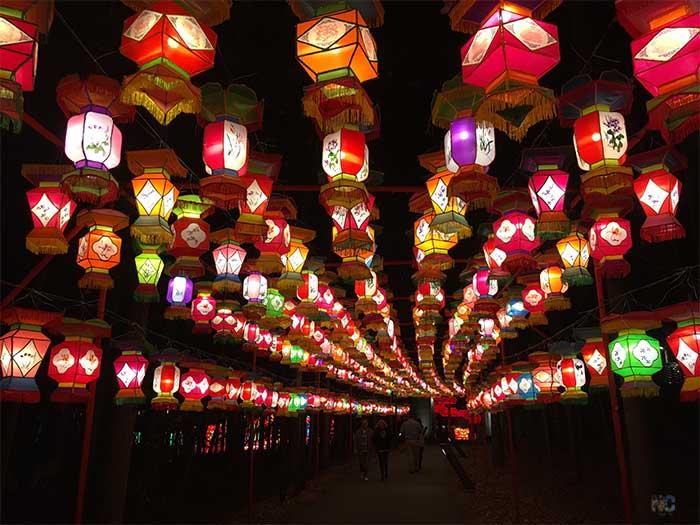 North Carolina Attractions Cary Chinese Lantern Festival Image