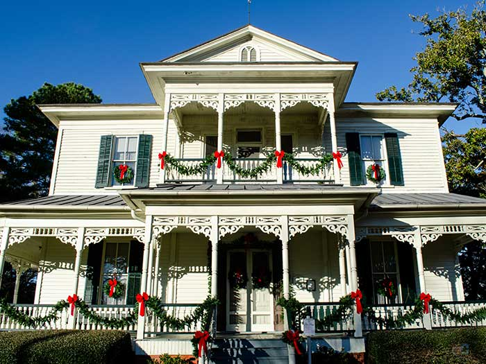 Things to Do in Fayetteville NC in December Holiday Jubilee Image