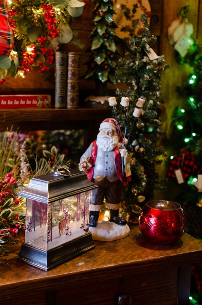 Mikes Farm Christmas Gift Store Inside Image
