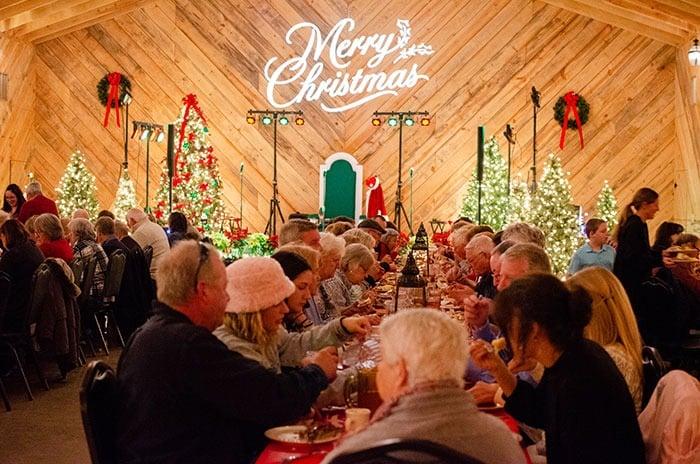 Mikes Farm Jacksonville NC Christmas Image