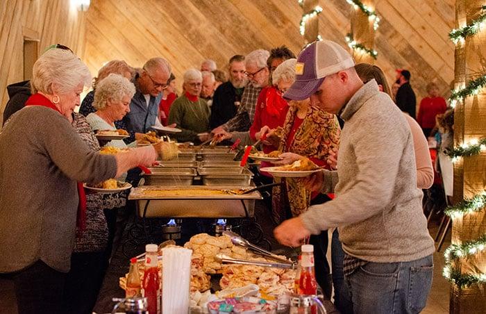 Mikes Farm Restaurant Beaulaville NC Image