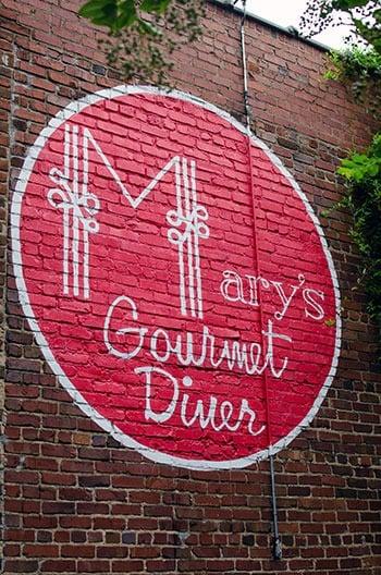 Best Restaurants in Winston Salem NC Marys Gourmet Diner Outside Image