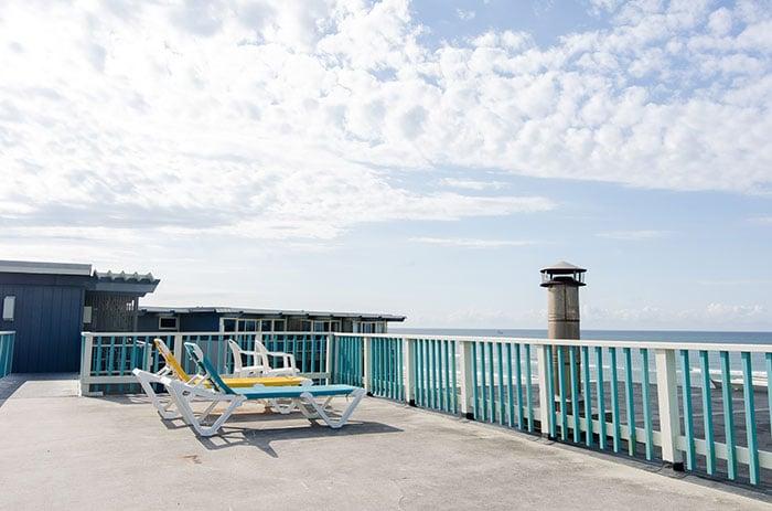 Atlantis Lodge NC lounge