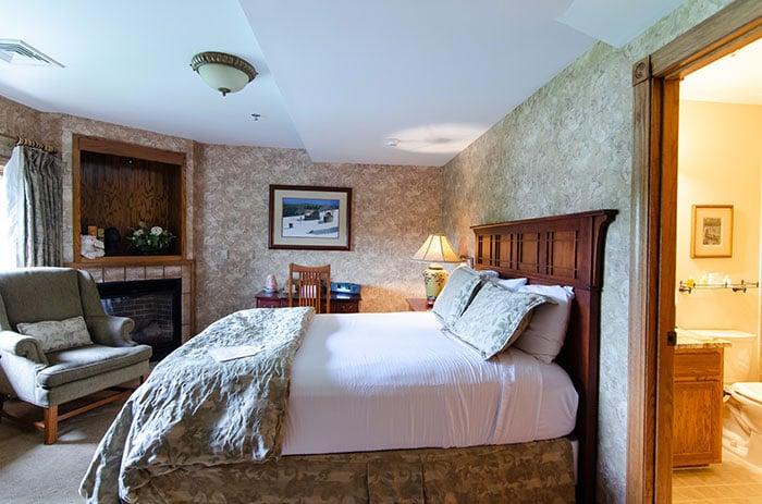 Room at Chetola Inn