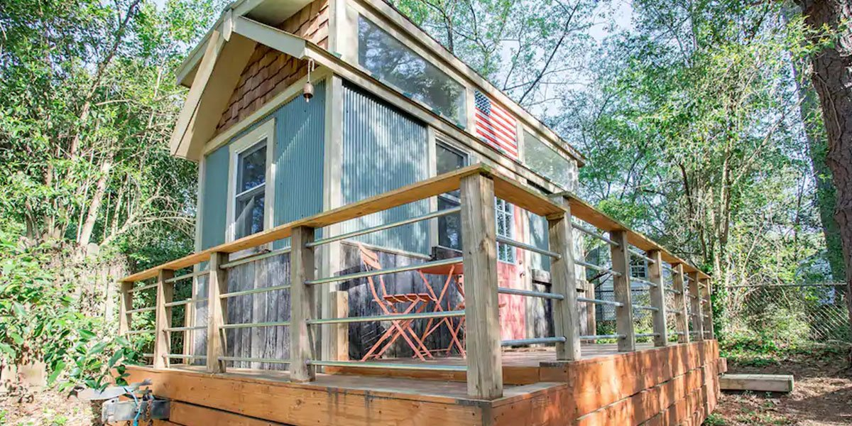 We love these Durham Airbnbs and hope you do, too!