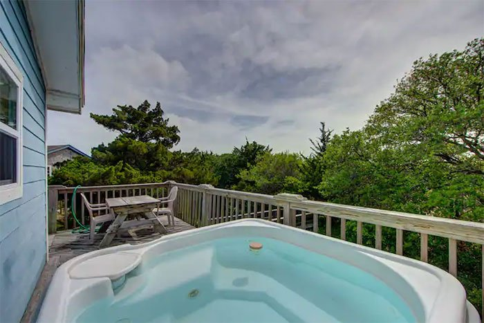Avon Casa Creekside Image Courtesy of Airbnb
