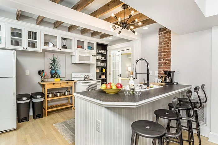 Downtown Raleigh walkable Fenced porch grill cozy Raleigh Airbnb