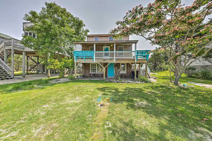 Frisco Outer Banks Cottage Image Courtesy of Airbnb