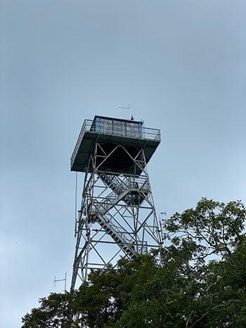 The tower Fryingpan Mountain Lookout Tower