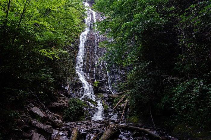 Hikes near Asheville Mingo Falls