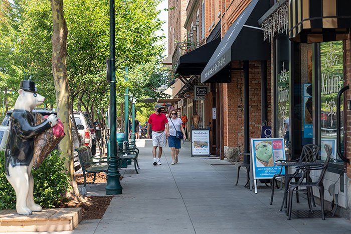 Things to Do in Hendersonville NC Downtown