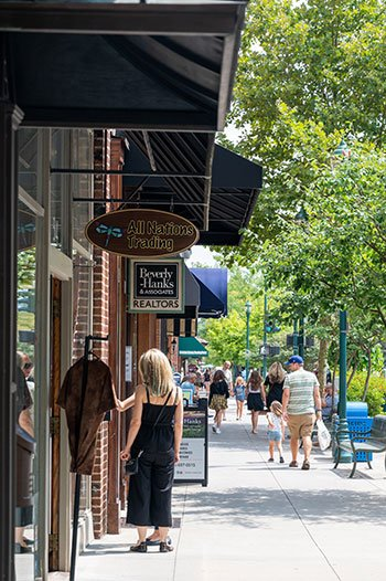 Things to do in Hendersonville downtown