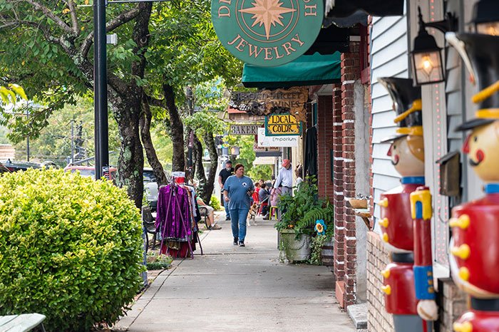 Things to do in Brevard NC downtown walking